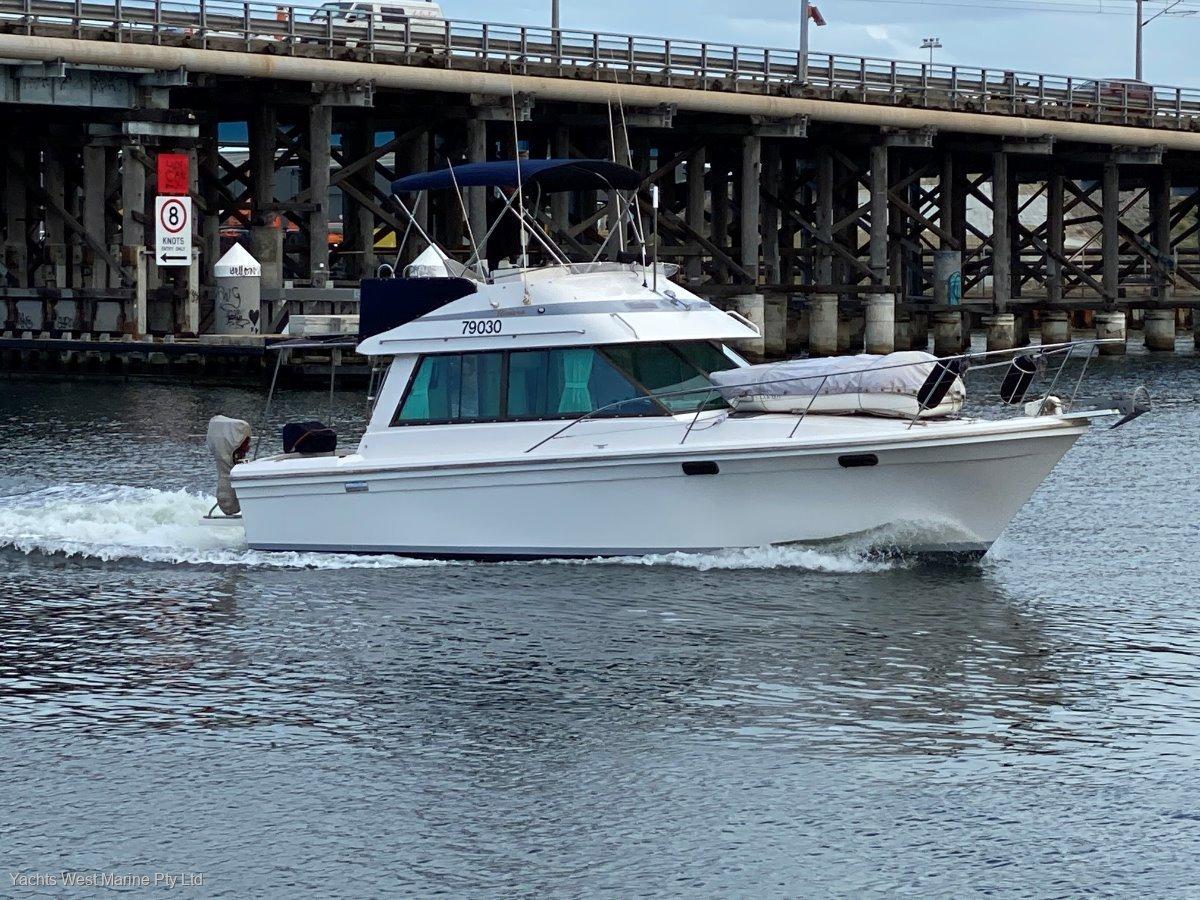 """Riviera 34 Flybridge Cruiser """"Twin Diesel Shaft Drive"""":RIVIERA 34 by YACHTS WEST MARINE 9335 7788"""