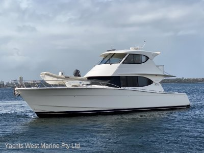 "Maritimo M48 "" VERY LOW HOURs and Well Maintained """