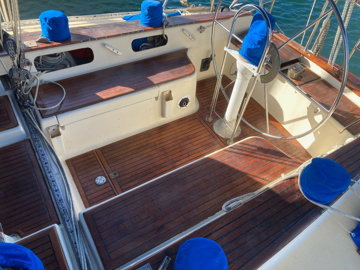 Farr 11.6 Cruiser/Racer with Sugarscoop