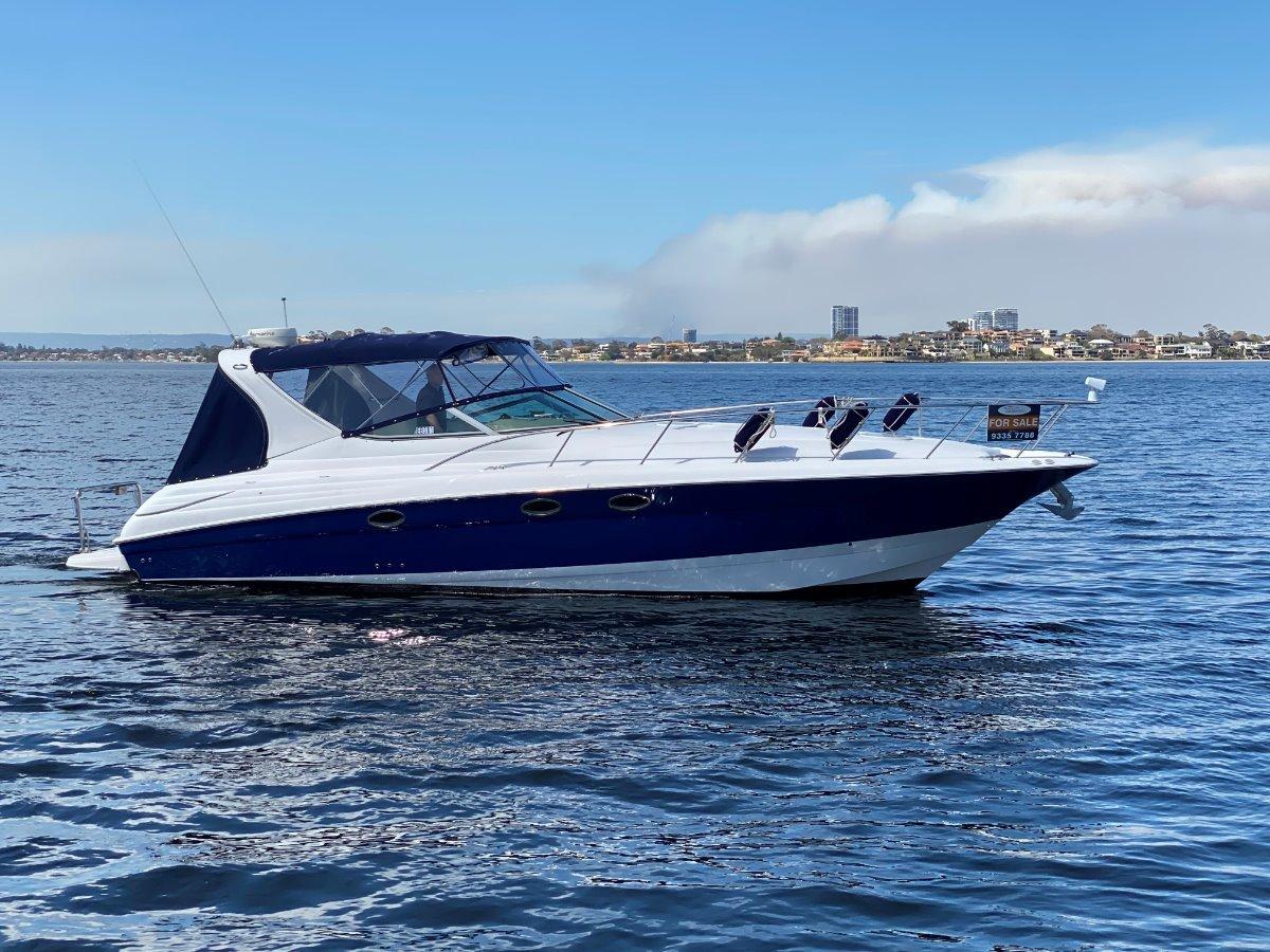 """Larson Cabrio 370 """" RIVIERA M370 with DIESEL SHAFTS """":M370 DIESEL by YACHTS WEST MARINE ph 9335 7788"""