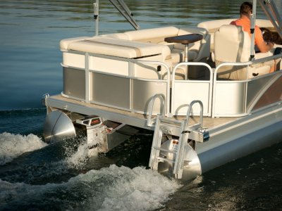Bennington Pontoon Boat 188 SLV