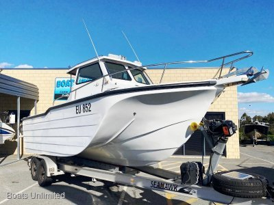 Ocean Master 7.2 TRI HULL OFFSHORE FISHING RIG SUPER STABLE- Click for more info...