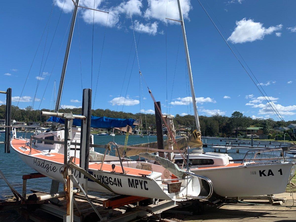 Custom Racing Yacht