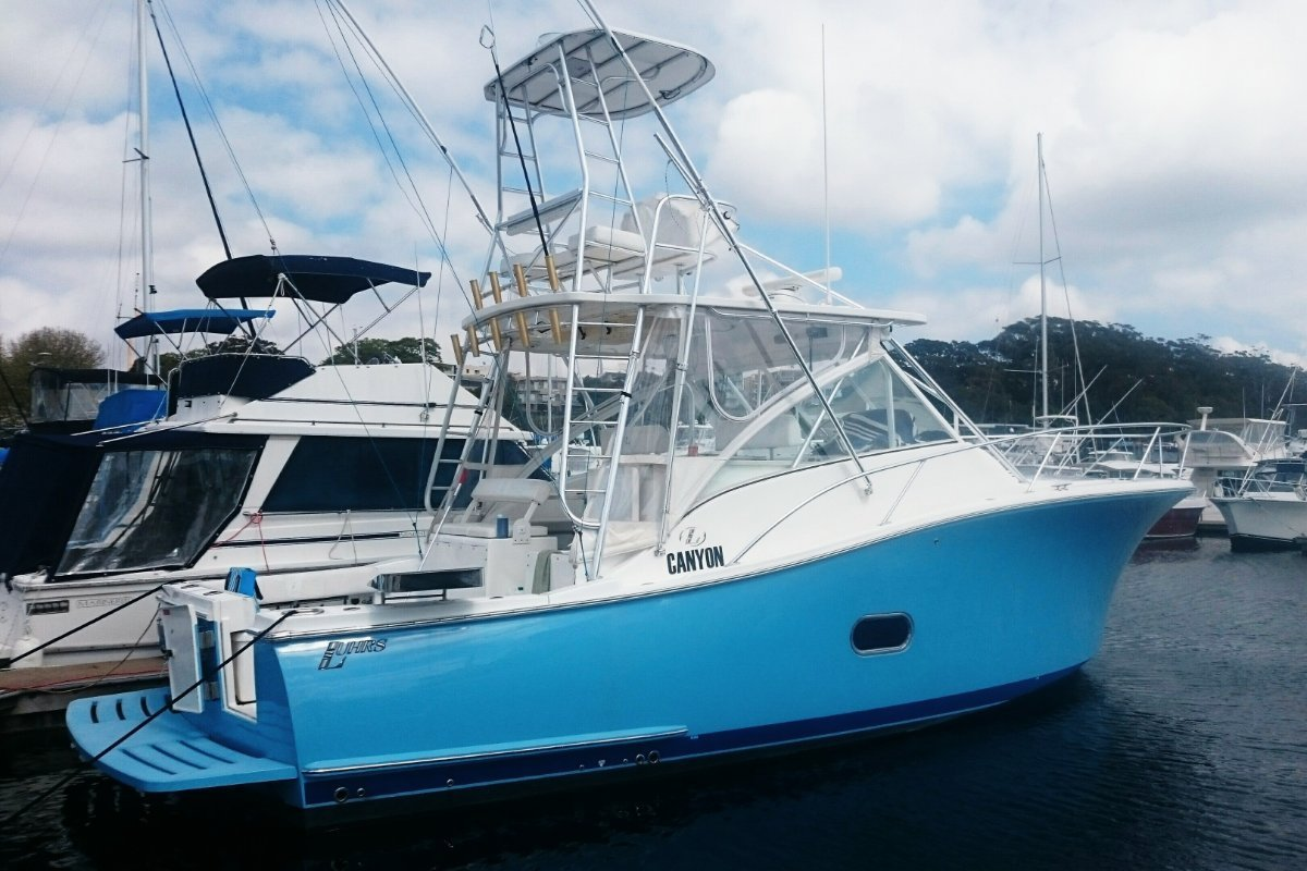 Luhrs 37 Open Tower Canyon Series - 2010MY