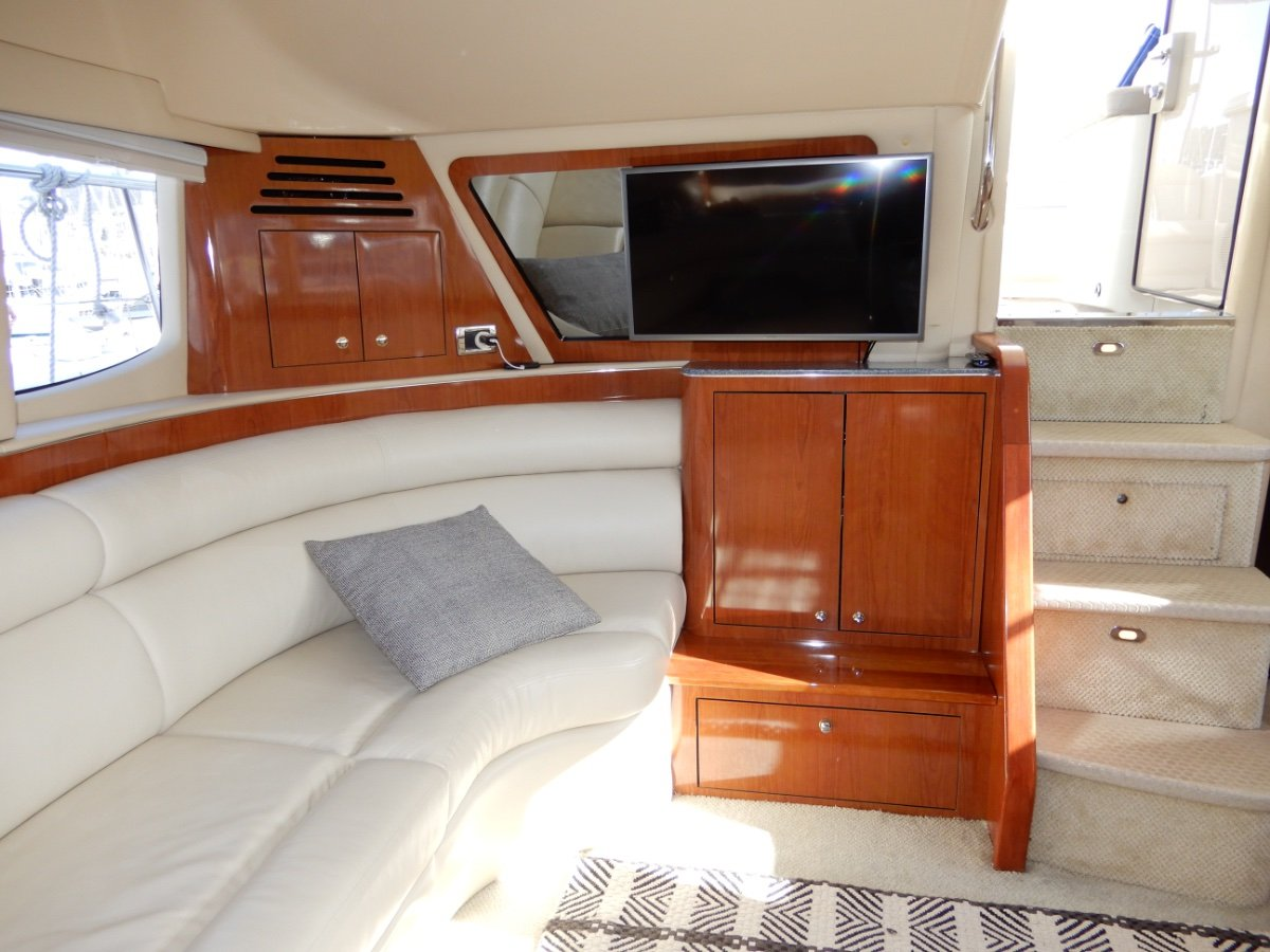 Sea Ray 48 Motor Yacht (US MODEL 505) STUNNING VESSEL EXCELLENT CONDITION