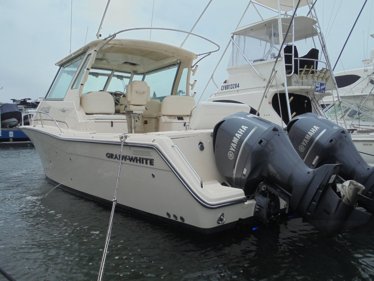 TWIN YAMAHA F350 OUTBOARD ENGINES PLUS FULL CONTROL SYSTEM