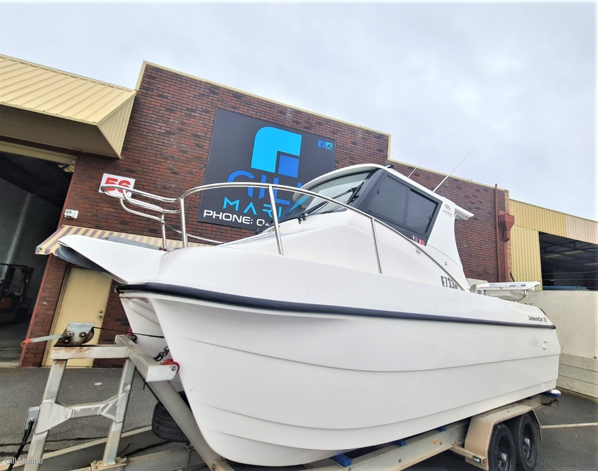 """Leisurecat 7000 Gamefisher 2015 ONLY """"225HOURS"""" OFFSHORE FISHING BOAT FORSALE"""