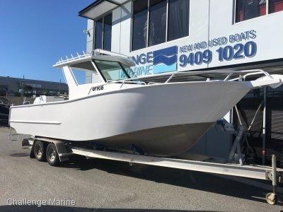 Oceanic 850 Centre Cab NEW 400hp Mercury