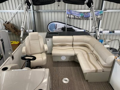Noosa Cruise Pontoon Boats 1680 Premium Salt Water Series Pontoon Boat Australian made
