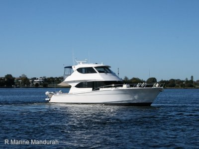 Maritimo M52 *** YACHT CONTROLLER and MORE *** $859,000 ******