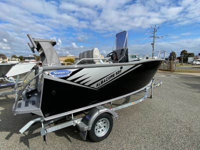 Stessco Albacore 520 - Yamaha F90LB 2020 - In Stock Now!