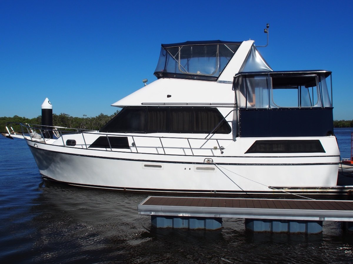 """Golden Star Aft Cabin Flybridge Cruiser """"AS IS WHERE IS"""", GOLD COAST"""""""
