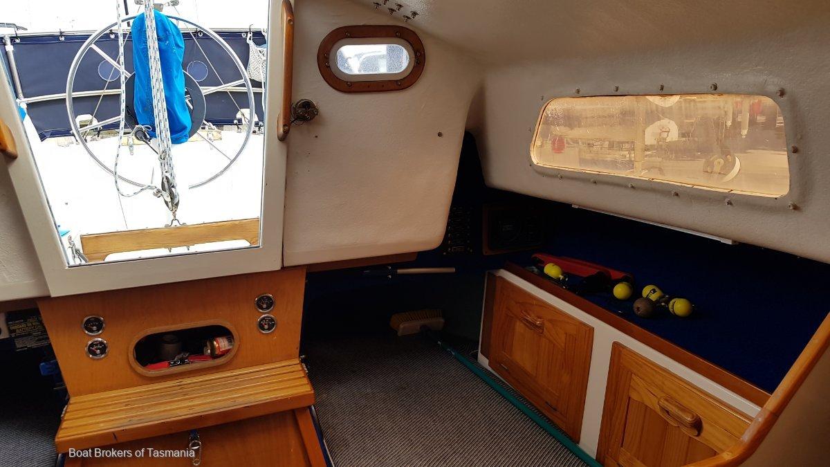 Bondia ex Caverneer Cavalier 26 Fully equipped, sail away. Boat Brokers of Tasmania