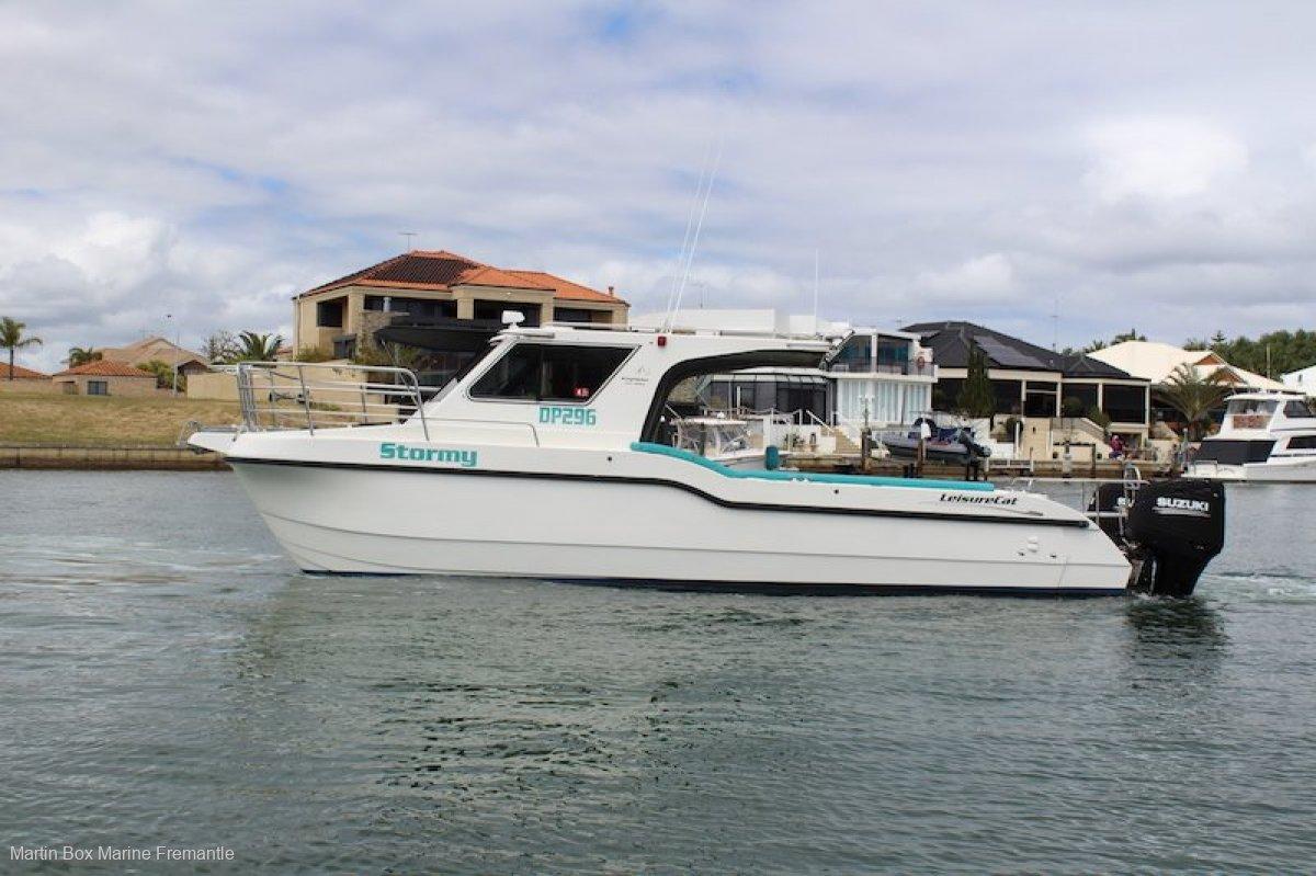 Leisurecat 9000 Kingfisher with twin 300Hp Four Stroke Suzuki Outboards.