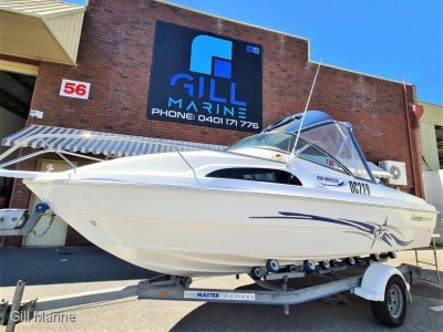 "Haines Hunter 530 Breeze ""LOW HOURS"" TURN KEY FAMILY FUN READY TO GO..... !"