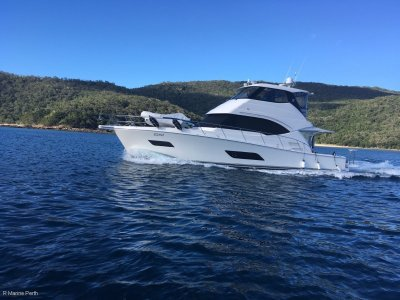Riviera 50 Enclosed Flybridge - With Gyro Stabiliser
