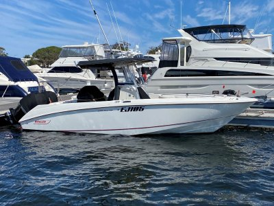 "Boston Whaler 270 Outrage "" WITH TRAILER """