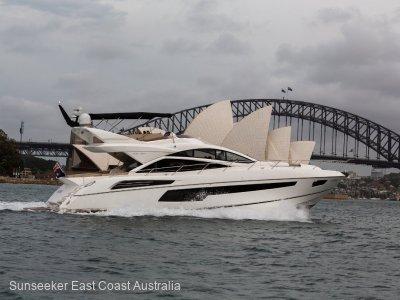 Sunseeker Sport Yacht 68