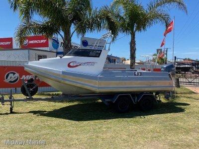 TyphoonBoats 5.4 Cuddy Cab
