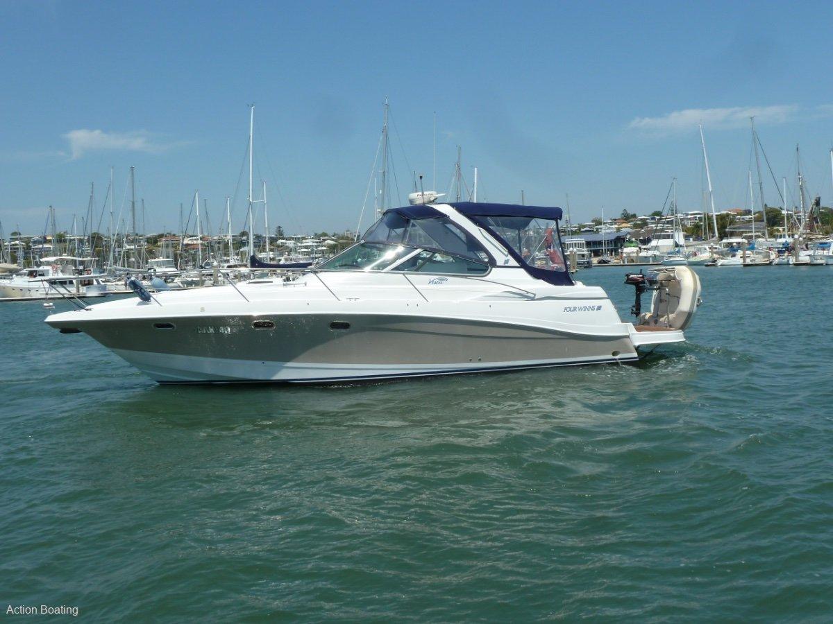 Four Winns Vista 378 Sports Cruiser