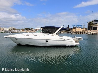 Sunrunner 3700 *** GREAT FAMILY BOATING ***SOLD***