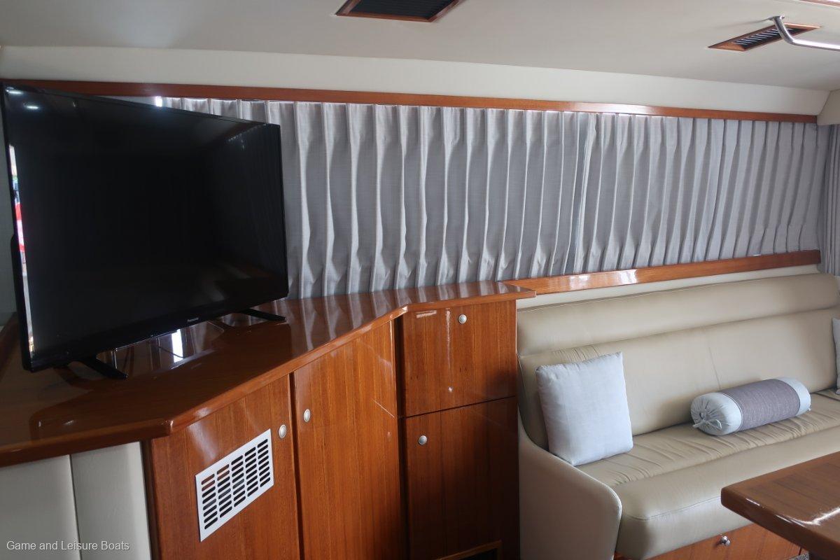 Caribbean 49 Flybridge Cruiser 2016MY
