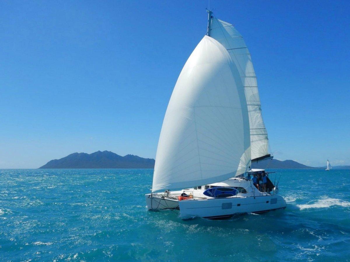 Lagoon 380 Premium - 3 Cabin owners version