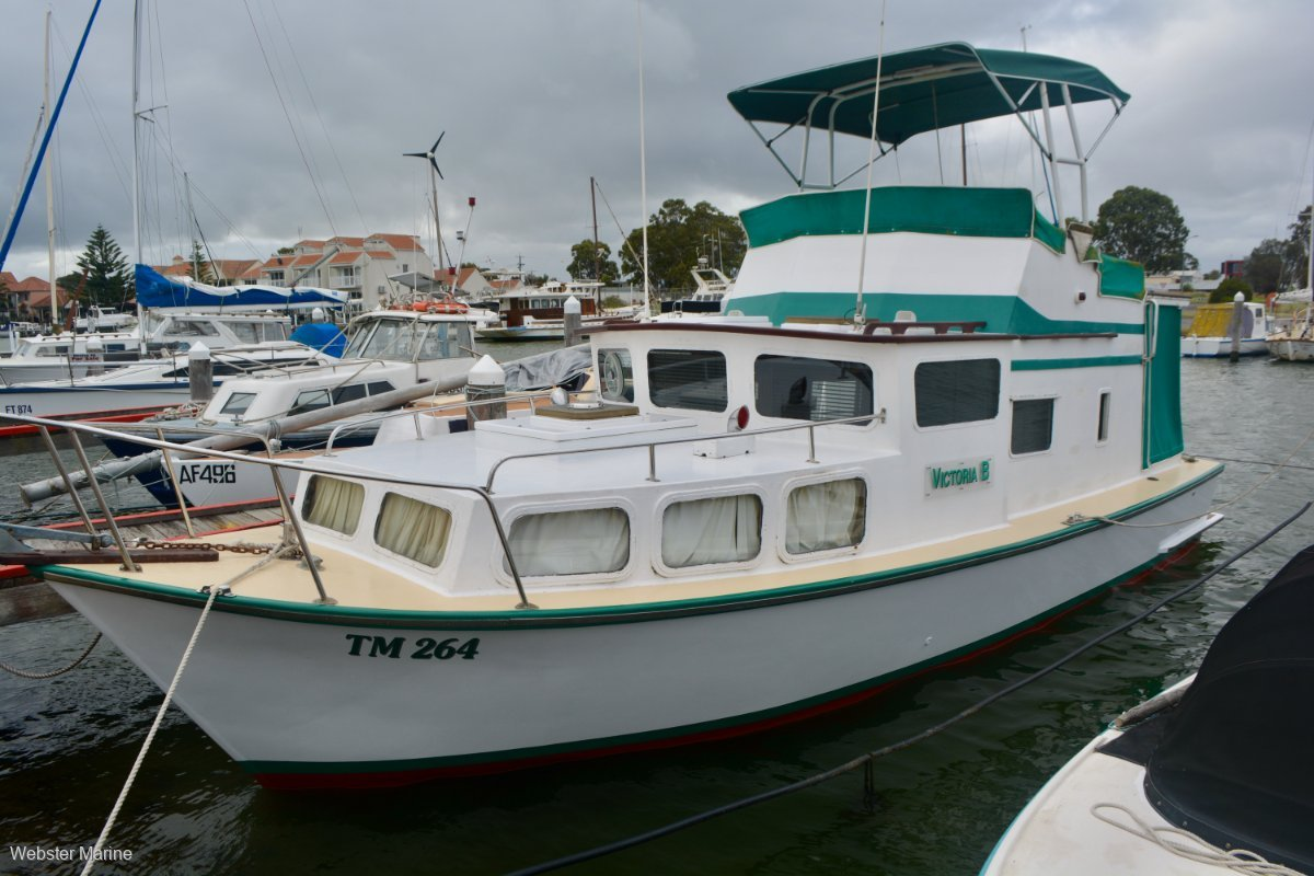 Custom Timber Flybridge Cruiser 32
