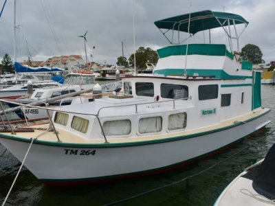 Custom Timber Flybridge Cruiser 32'