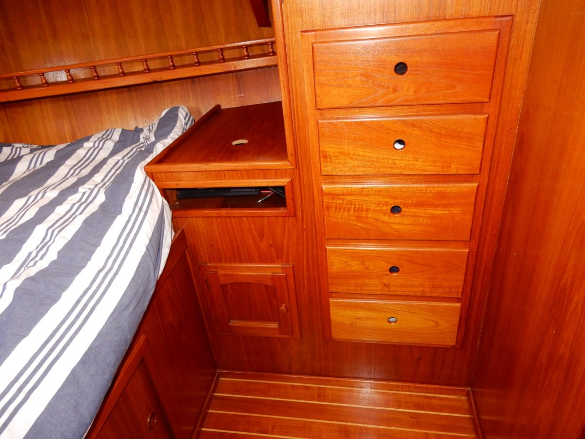Adams 42 Pilothouse EXCEPTIONAL PILOTHOUSE CRUISER, WITH MANY UPGRADES