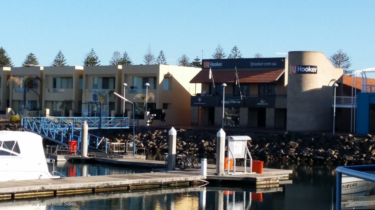 Marina Berths : Heritage Cove