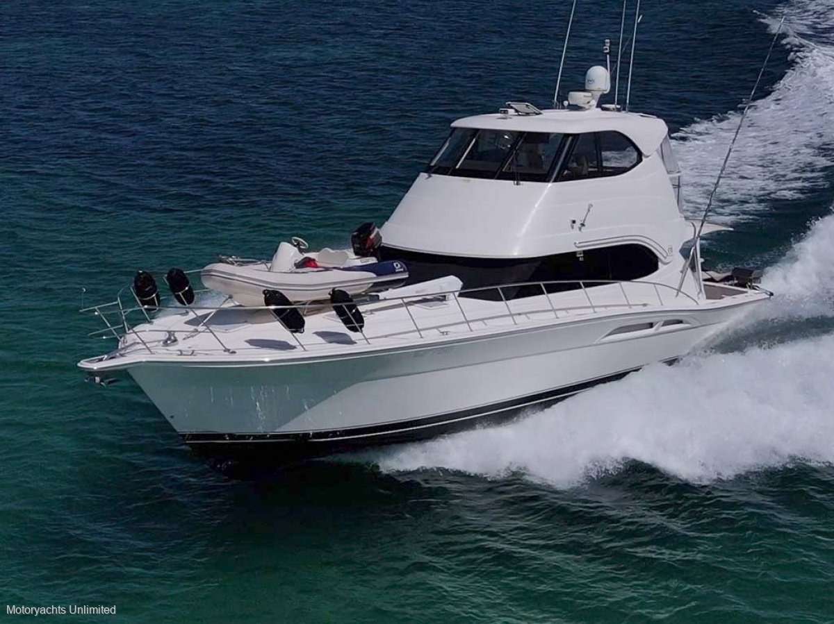 Riviera 51 Enclosed Flybridge *** Half share available ***