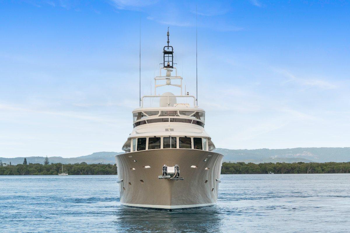 Expedition Long Range Motor Yacht Custom