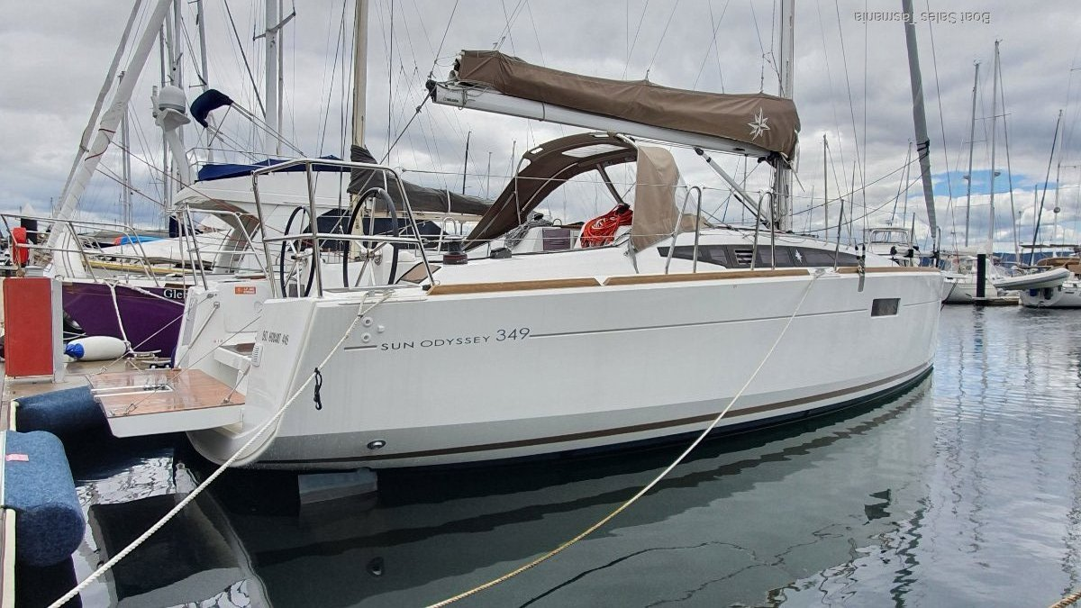 Jeanneau Sun Odyssey 349 - UNDER-CONTRACT WITHIN 24HRS!