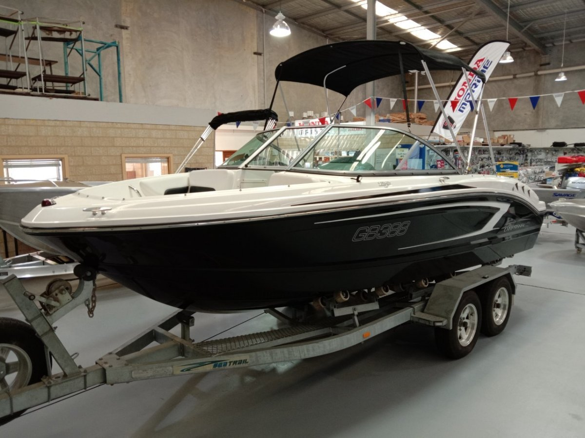 Chaparral 19 H2O Deluxe Bowrider