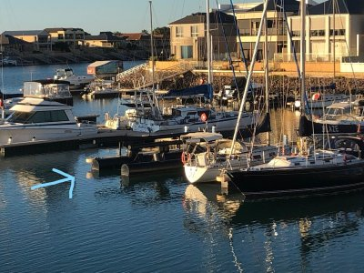 Wallaroo Marina Berth inc. Airberth (Boat lift)