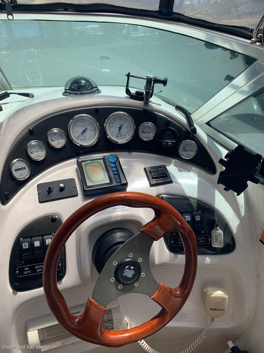Mustang 2800 Sportscruiser New clears, new bimini and turn key ready to go!