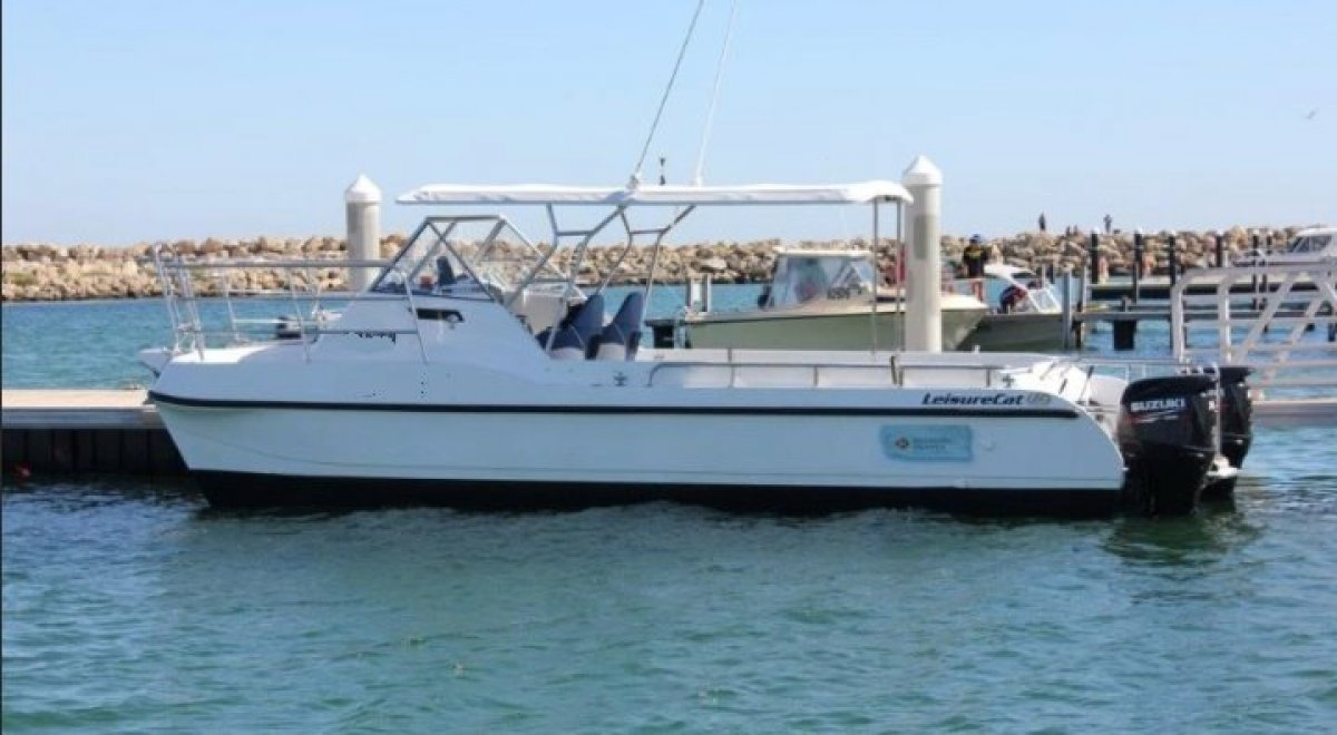 Leisurecat 8000 Sportsfisher IN 2C COMMERCIAL SURVEY