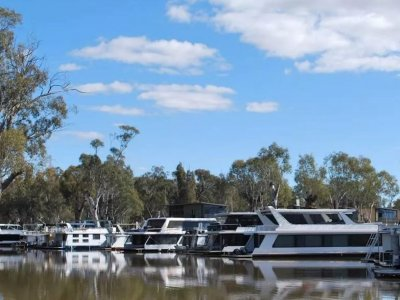 Houseboat Investment Opportunity