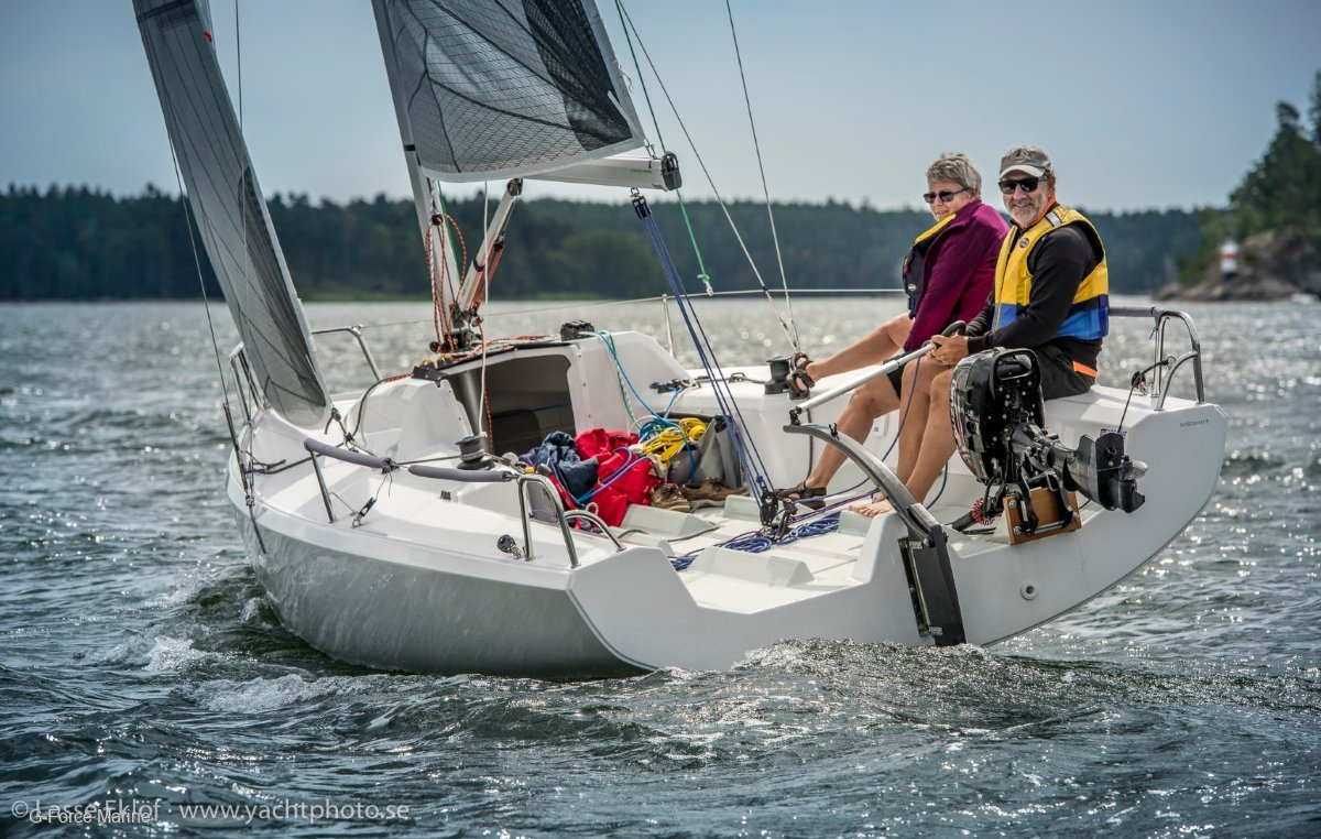 Fareast 23R - the perfect day sailer