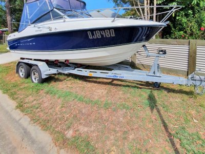 Bayliner 192 Discovery Cuddy Cabin
