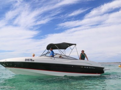 Regal 2600 Bowrider Perfect day boat with trailer!