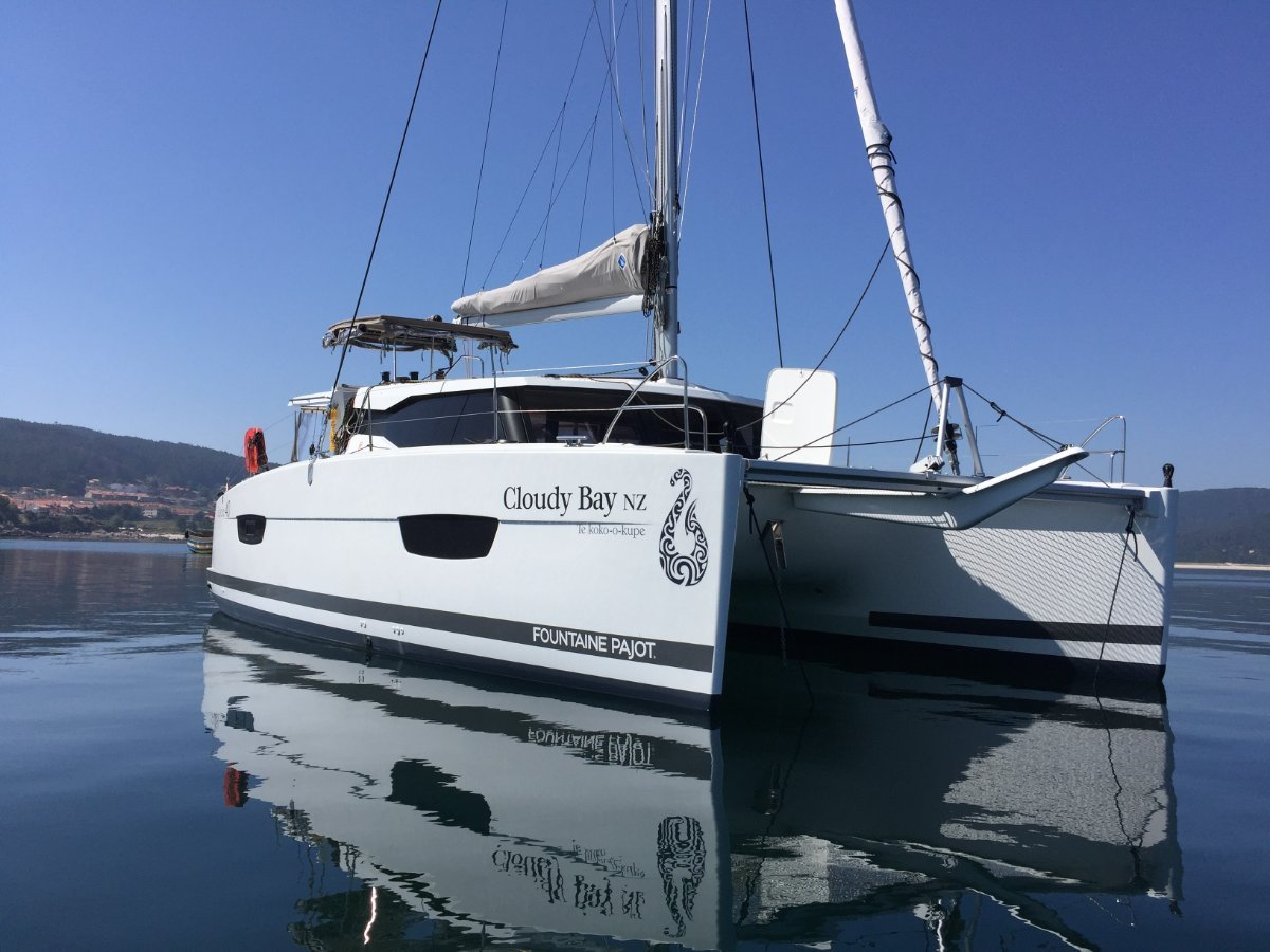 Fountaine Pajot Lucia 40 Owners Version