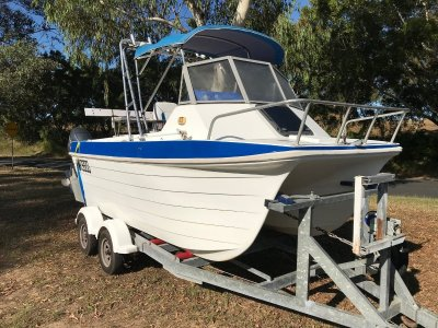 Shark Cat 5.50 Runabout