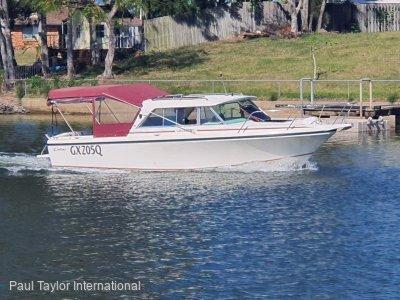 Caribbean 235 Crusader GT - Bertram Caribbean-International Marine