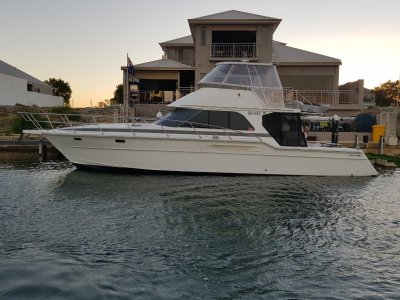 Thomascraft 4500 Flybridge The best Thomas Craft 4500 in town!!