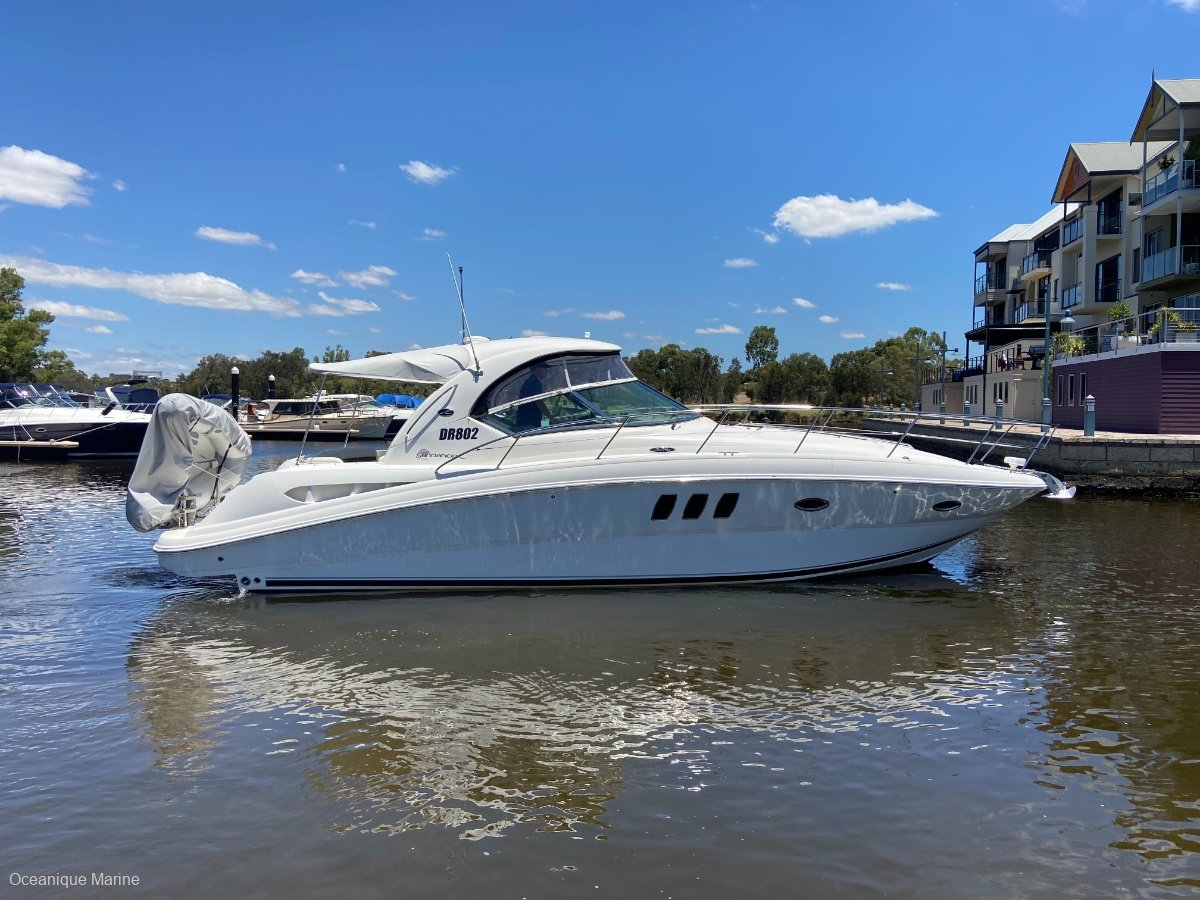 Sea Ray 395 Sundancer Don't miss out!!