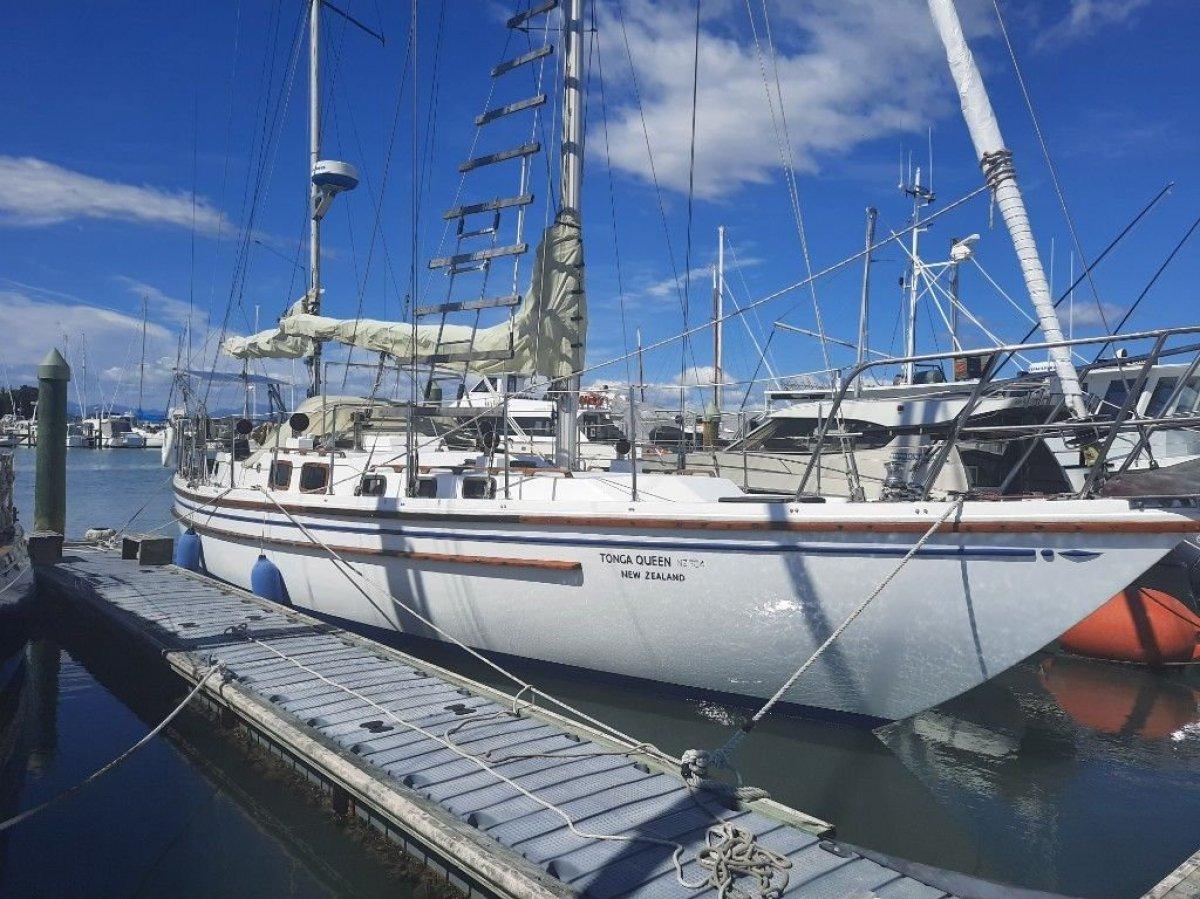 Roberts 45 Offshore
