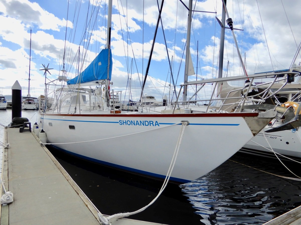 Bruce Roberts EXCEPTIONAL BLUEWATER CRUISER, MANY UPGRADES!