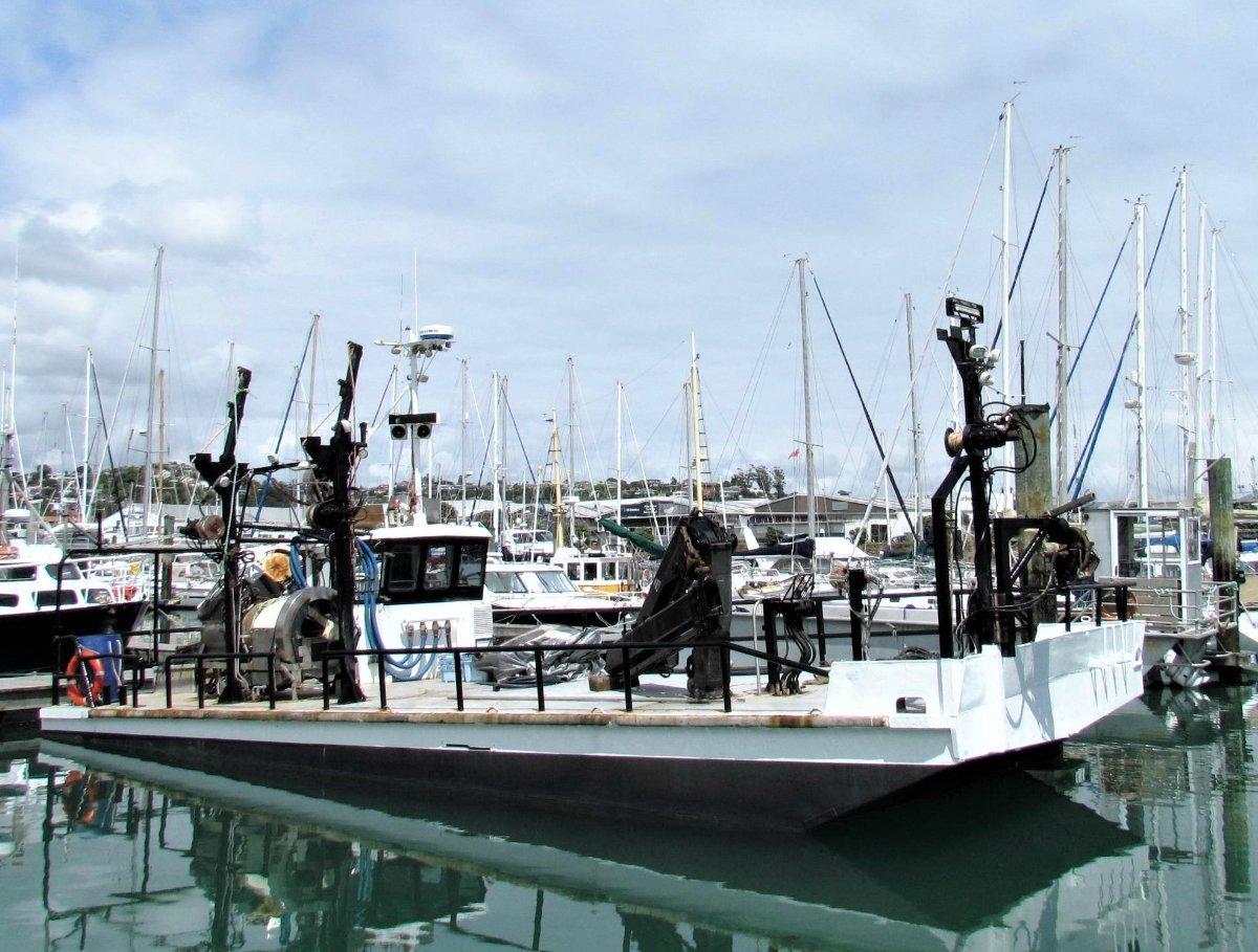 Motorised Steel Barge 12.9M